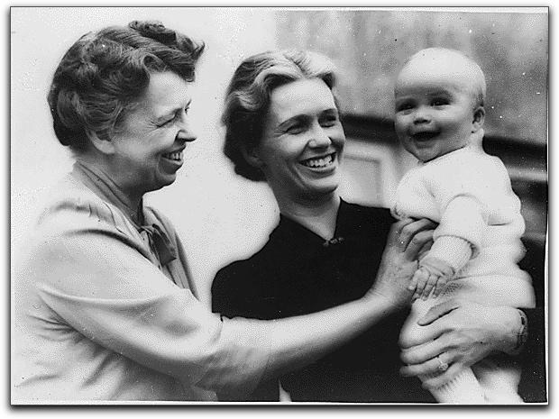 Eleanor Roosevelt, Anna Roosevelt Boettiger, John Roosevelt Boettiger, October 1939