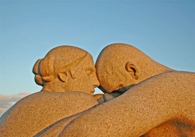 Man and Woman 2 (Gustav Vigeland)