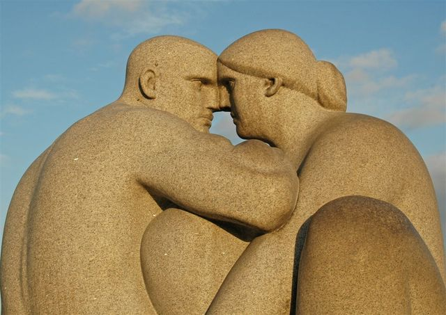 Man and Woman 1 (Gustav Vigeland)